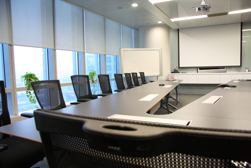 How To Maximize Your Conference Room Style And Functionality - U shaped conference table designs
