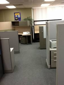 Pre Owned Office Furniture - Used Office Cubicles